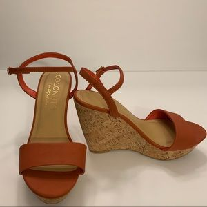 NWOT COCONUTS BY MATISSE wedge sandals. Sz 8 1/2 M